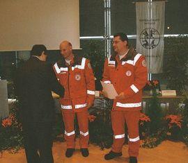 Für vorbildliche Zusammenarbeit werden RA G. Hoppe und RA M. Behntke mit Ehrenzeichen des KFV geehrt